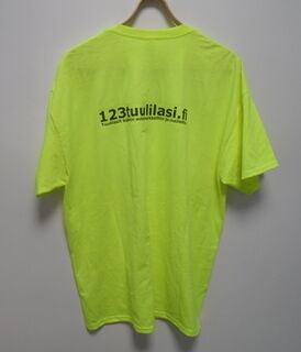 Lämpösiirtö painatuksella t-paita